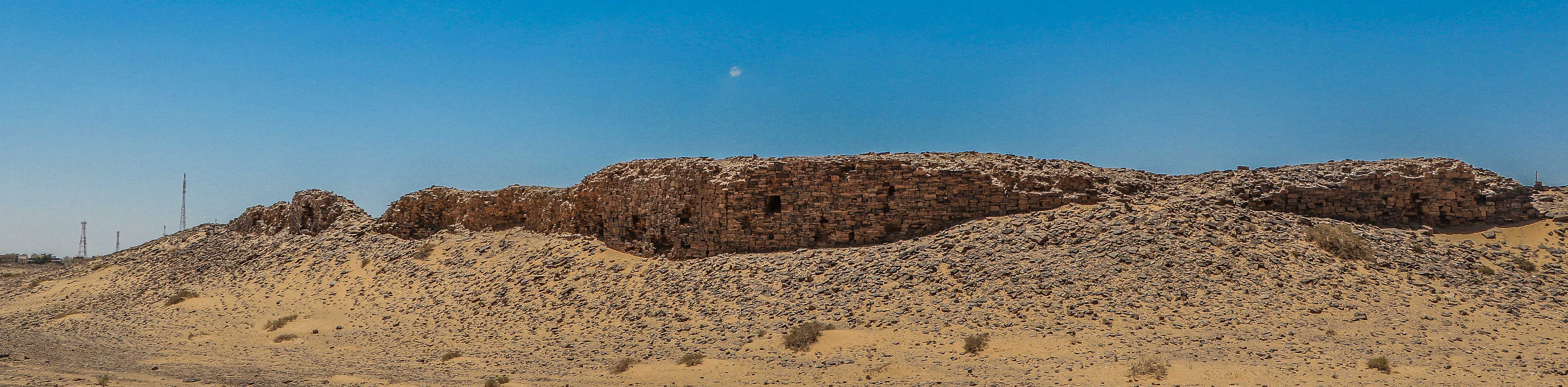 Walls of the ancient city of Tayma (photo: Florent Egal)