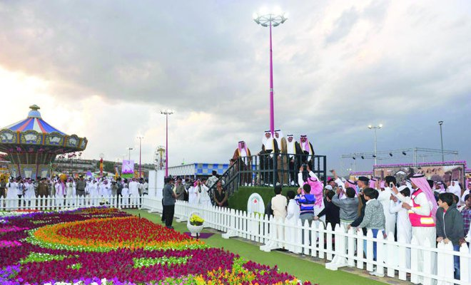 Makkah Governor Prince Khaled Al-Faisal opening the 2013 Taif Rose Festival (photo: Arab News)